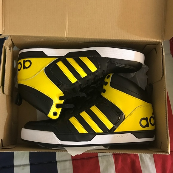5dc7209ee adidas Other - Adidas neo Raleigh 9TIS mid